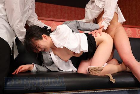【新作】アナル女教師 恥辱の教室 羽田希