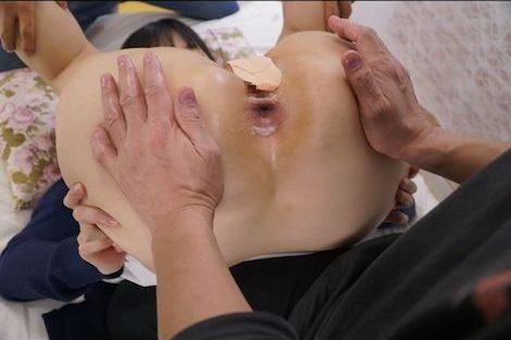 【新作】奇跡の激カワアラサー成田咲歩ちゃんがアナル解禁、イラマでガチゲロハプニンングあり