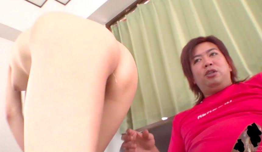 【無修正】19歳ピチピチ少女が二穴でガチ泣き!肛門に入れてたチンコを何度もフェラさせられる