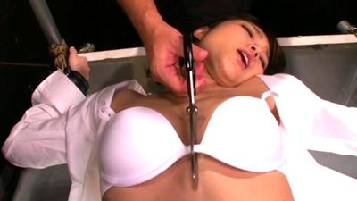 【激レア】徹底肛門陵辱!篠めぐみちゃんの綺麗なお尻から汚いものが、、、