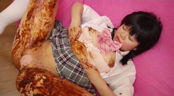 内臓が飛び出す!*アナルローズ 脱肛少女 脱肛・脱糞かき出しアナニー