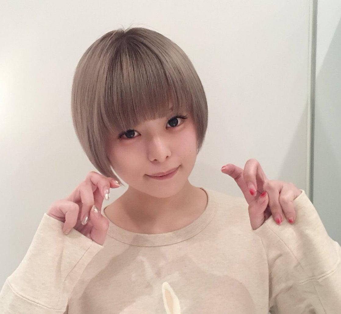 【月乃ルナ】元ハード系アナル女優が美少女路線で再デビューしていた件